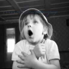 Все дети плачут и смеются на одном языке